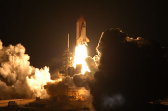 discovery-164091main_launch.jpg