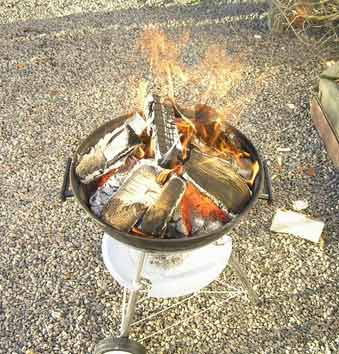 xmasday-bbqfire.jpg